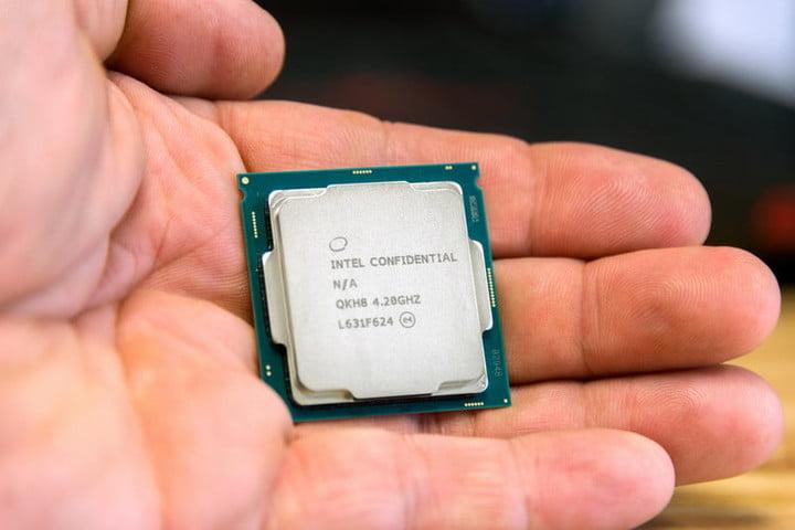 intel-core-i7-handscale2-800x533-c-720x720